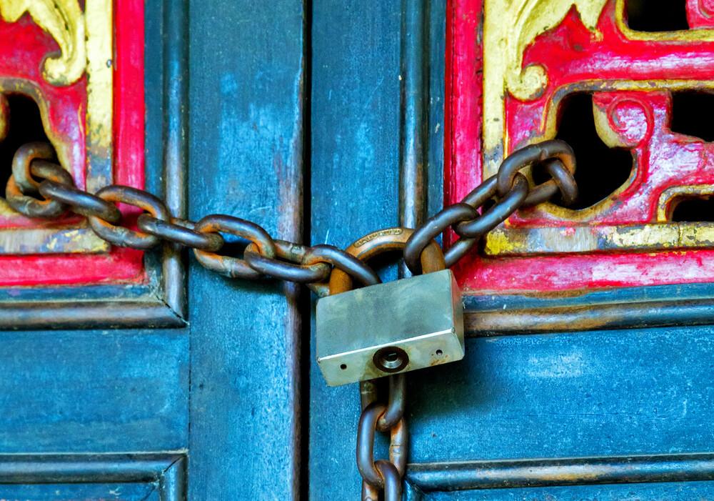 Locked Doors - jennygarrett.global